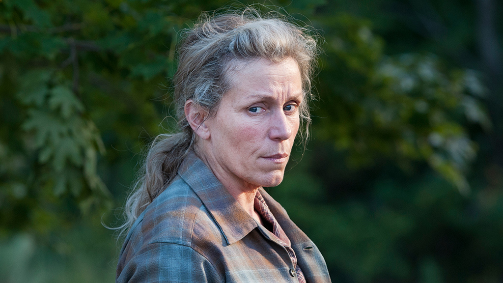 Fotograma de la mini serie Olive Kitteridge, protagonizada y producida por Frances McDormand (HBO)