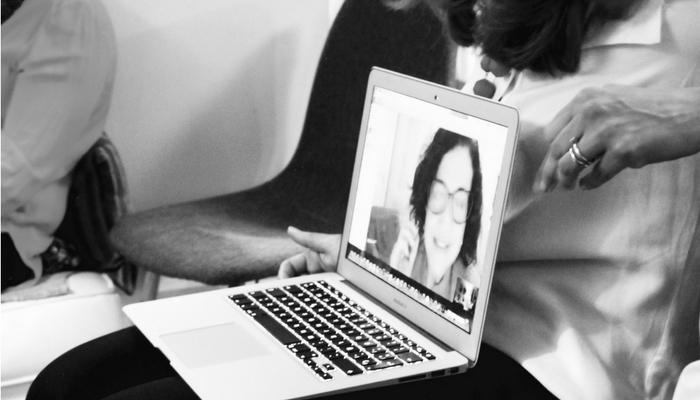 Una de las asistente por Skype desde Suiza