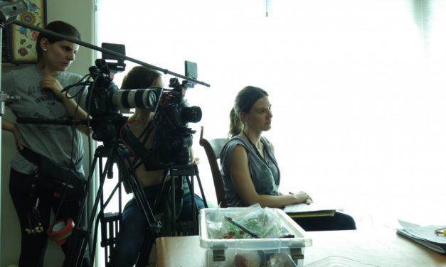 La directora de cine Estela Renner se compromete con la infancia