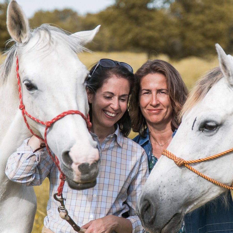 Constanza Gonzalez e Isabel Echevarría. @Confiantia