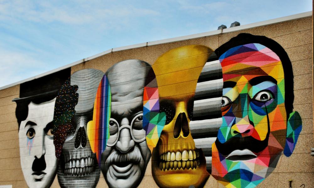 Grafiti de Okuda sobre la fachada de las oficinas de PALIBEX