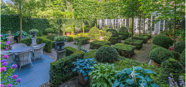 Keizersgracht. Foto: John Lewis Marshall.- Droog-Fairy Tale Garden - Amsterdam Open Garden Days 2018
