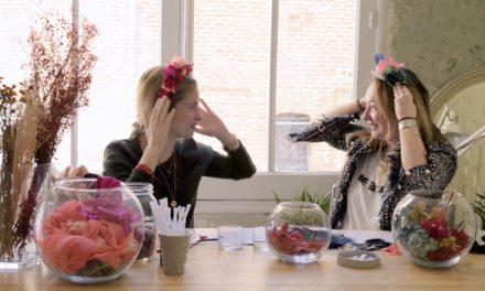 Aprende a hacer un tocado de flores con Rita Von