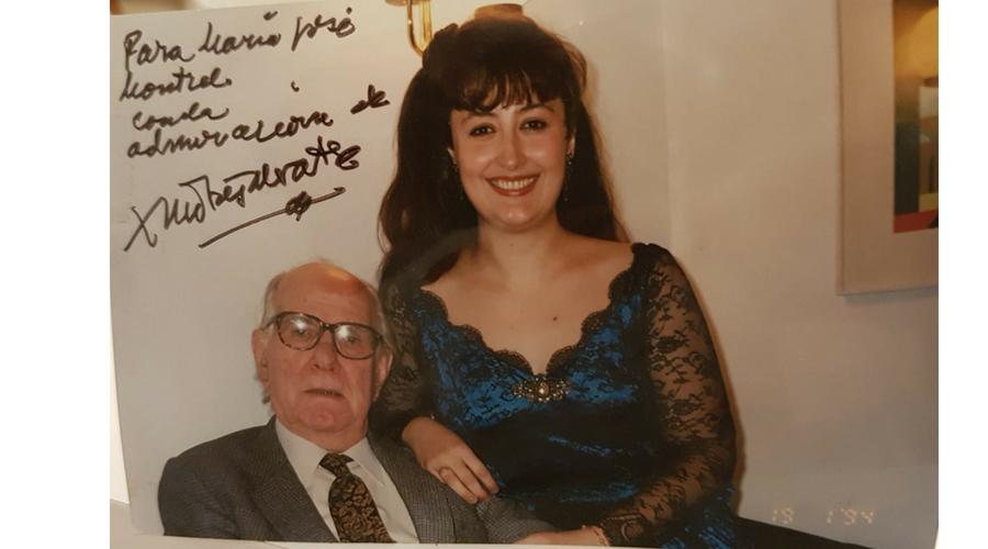 Junto al compositor Xavier Montsalvatge. María José estrenó algunas de sus obras y guardó con él una gran relación de amistad