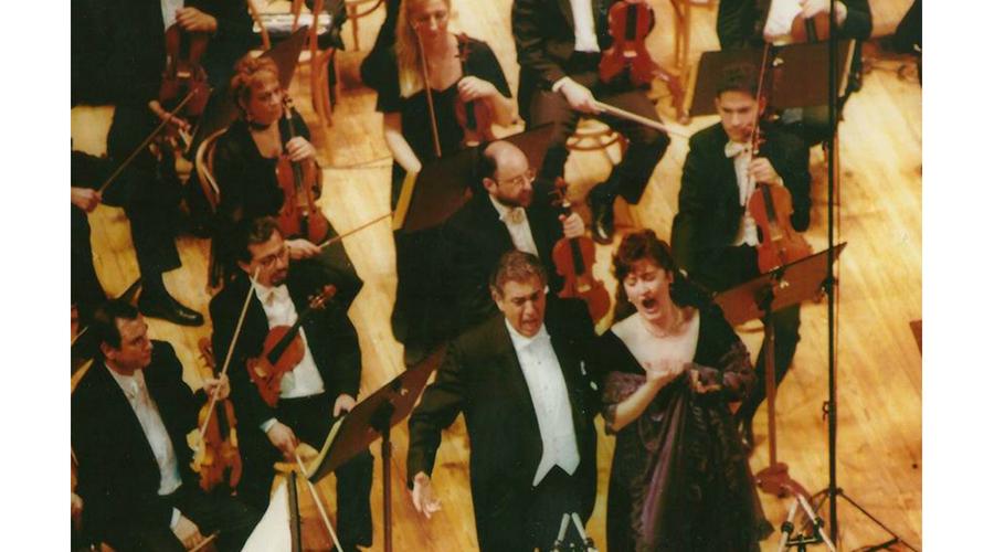 Con Placido Domingo  en la reinauguración del Teatro Avenida de Buenos Aires