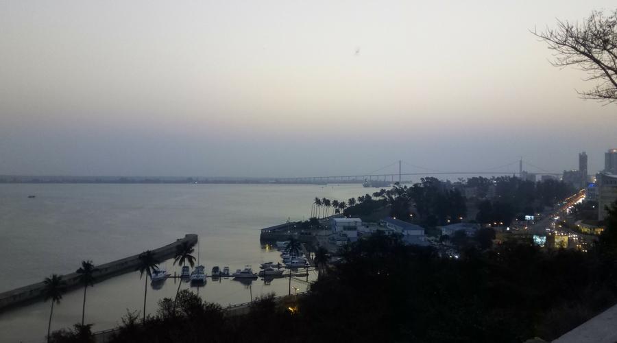 vista desde el Dhow café restaurante en Maputo