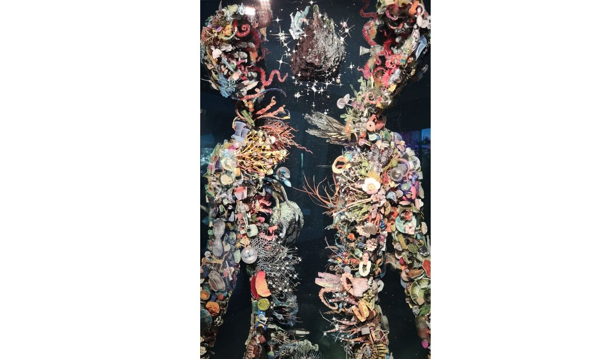 """Psychogeograghy 87"", escultura de collage de Dustin Yellin (Los Angeles) en Espacio Solo"
