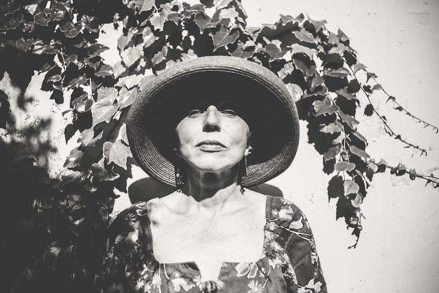 Retrato de mujer madura. CC Unsplash