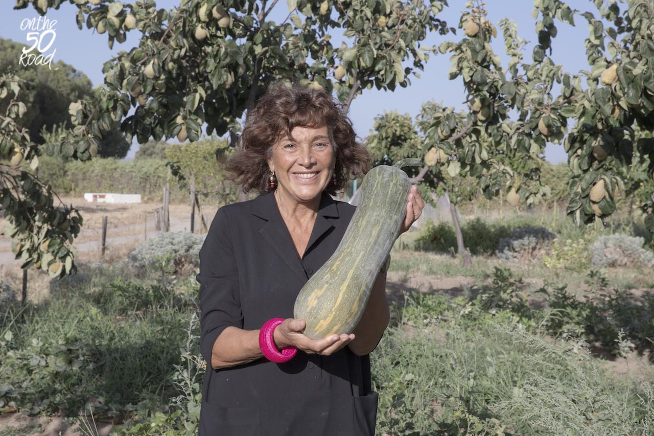 Pilar Muñoz Calero en el huerto de la Fundación Alborada. Foto Jordi Antón
