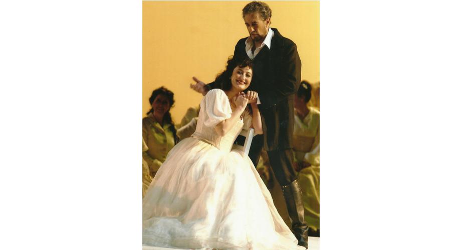 Junto a Plácido Domingo durante la    gira internacional que ambos hicieron juntos con la zarzuela Luisa Fernanda de Moreno Torroba