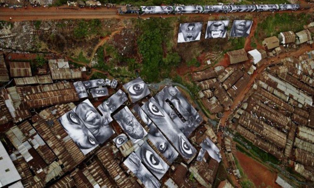 """parte del proyecto """"Mujeres Heroínas"""" en Kibera (Kenia)"""