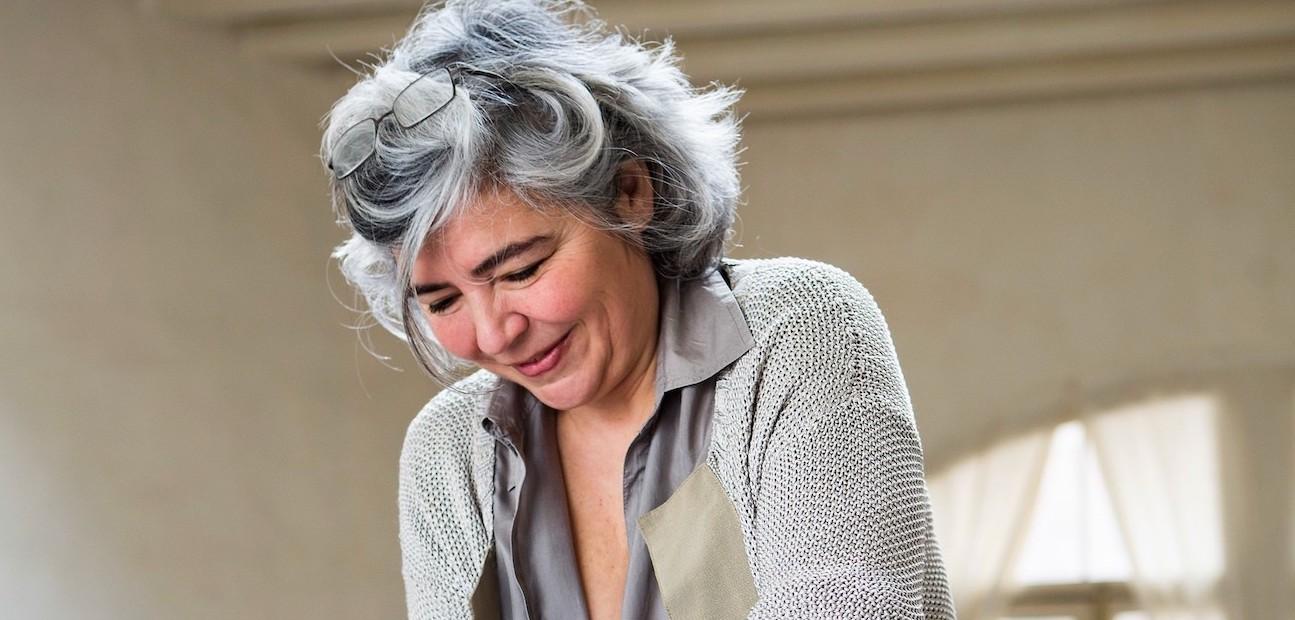 Inés García-Albi en su casa. Retrato de Mari Luz Vidal